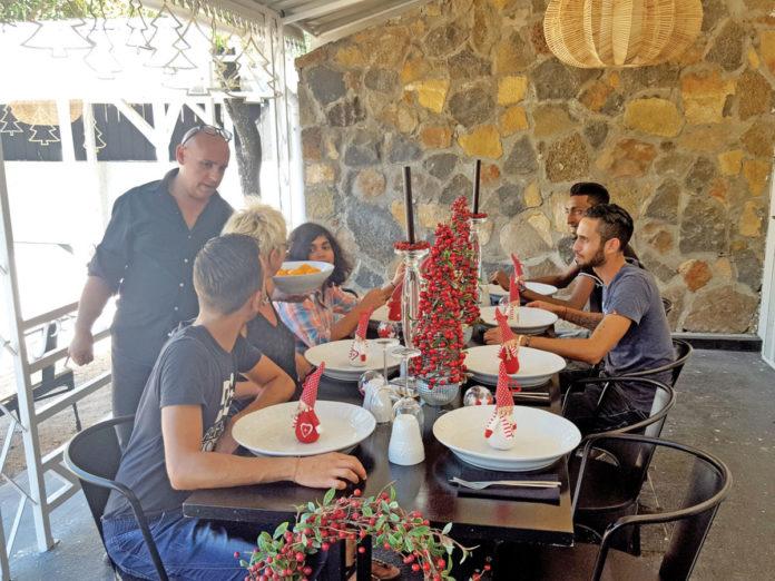 Noël à Maurice : Soleil, Soldes et Solidarité
