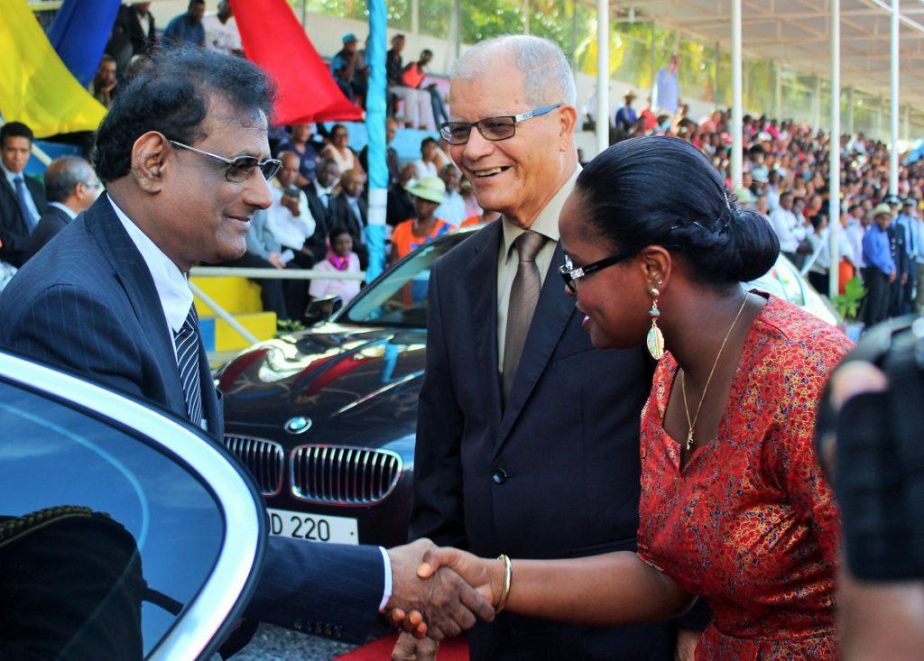 Le vice président de Maurice, Paramasivum Vyapoory et le Chef Commissaire Louis Serge Clair à Rodrigues