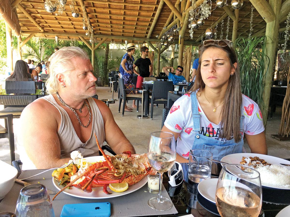 Philippe Lucas - coachs de natation français et Océane Cassignol, nageuse professionnelle franco-mauricienne