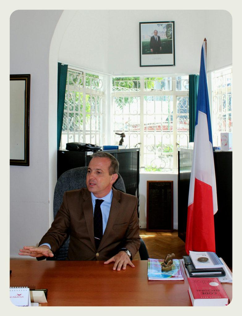 Jean-Jacques Maizaud, Consul près l'Ambassade de France à Maurice