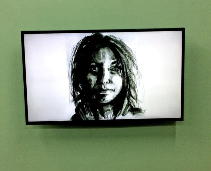 FRAC/ICAIO: Portraits et auto-portraits questionnent les identités