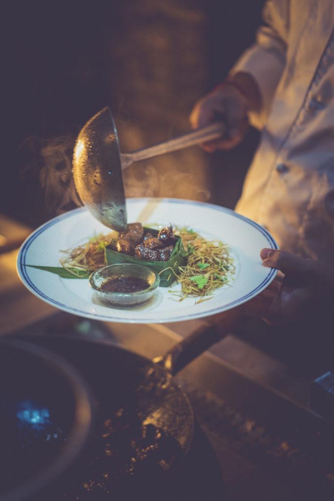 Outrigger Mauritius Beach Resort – Découvrez la cuisine royale khmère à Maurice
