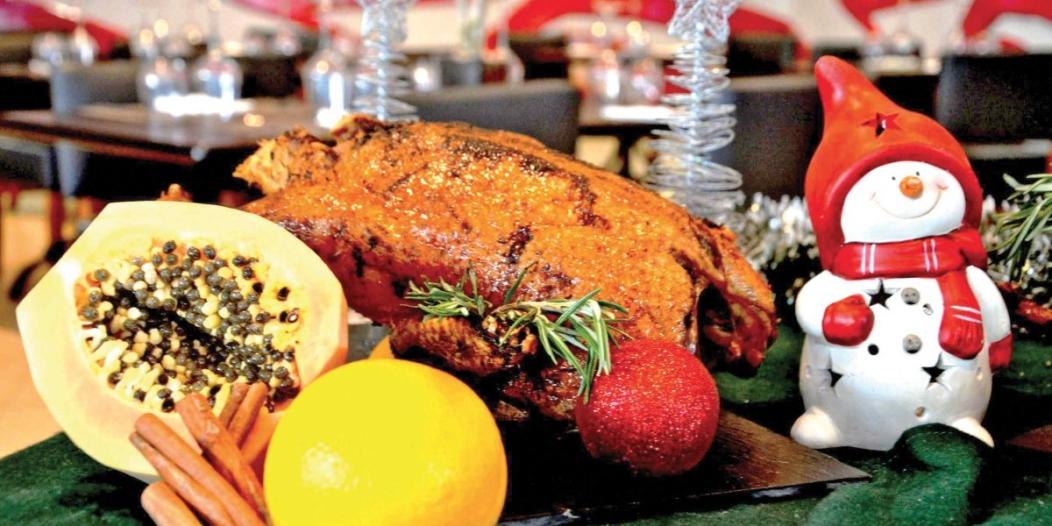 Recette de Noël : canette rôtie à la sauce mandarine et passion