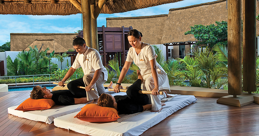 Maritim Tropical Flower Spa, Bamboo Massage